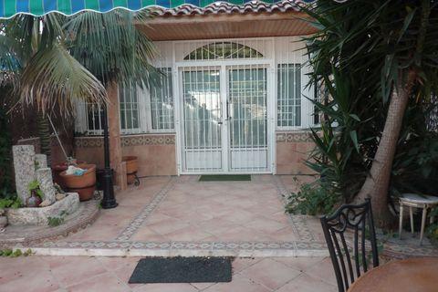 4 bedrooms Bungalow to rent in Los Alcazares