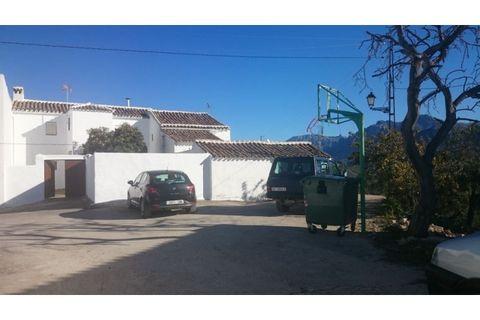 3 slaapkamers Landhuis te koop in Carcabuey