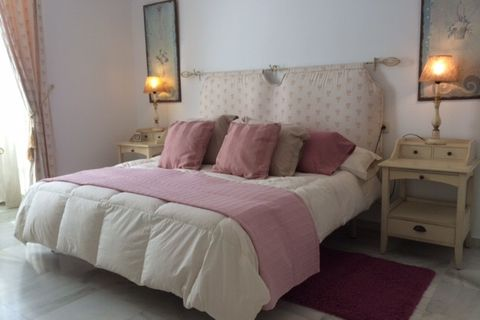 3 bedrooms Town house to rent in Marbella